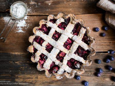 Novemberkuchen. Heidelbeere trifft auf Apfel